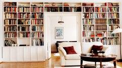 Platsbyggd bokhylla 1